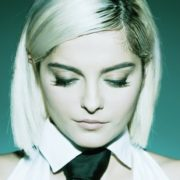 "Bebe Rexha en ""Not 20 Anymore"""
